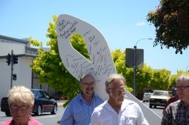 WR Ambassador John McLoughlin carries the Ribbon