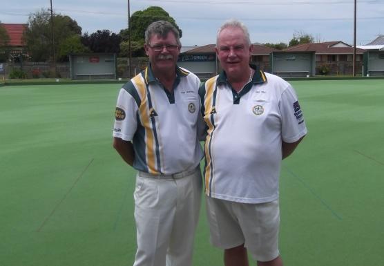 Men's Handicap Singles Finalists Iain Campbell (left) & Glen Tilley