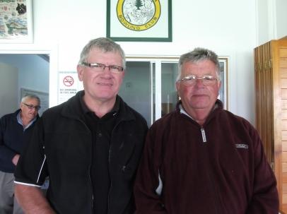 Winners Jim Campbell (left) & Derk Pietersma