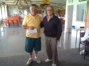 003. Aggregate Winner Derk Pietersma (left) with Malcolm Wright