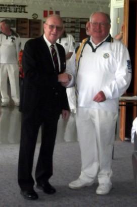 Max Blacketer (left) with Veteran Arnold Damhuis