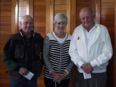 Bevon Turner Day consolation winners Wayne Burris & Paul Ryan with Beth Turner