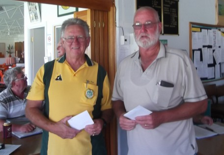 02 KCA 2-4-2 Winners Colin Pye (left) & Neil Whelan