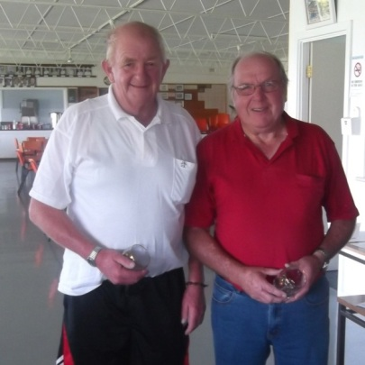 Scott's 2-4-2 Runners-up Paul Ryan (left) & Peter Hyland
