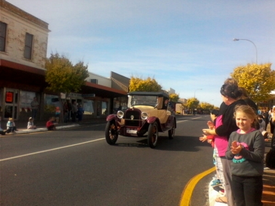 Motoring along through George Street