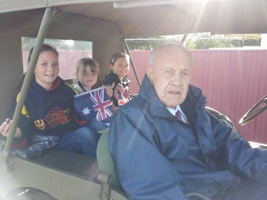 Henry Hawke and passengers Caitlan.,Emily and Toneya
