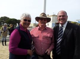 Chris who called in on her trip around Australia, Graeme mellor and Mayor Gandolfi