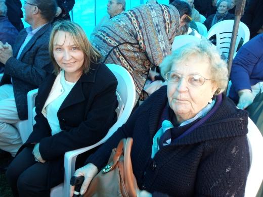 Bronwyn D'Aniello and Barbara Leigh
