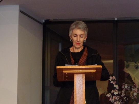 Dr Linda Walker