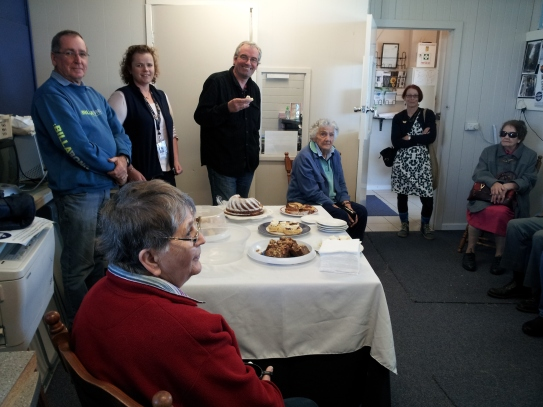 Banksia House bus tour were joined by Cr Barry Stoddardt and Martin Sullivan
