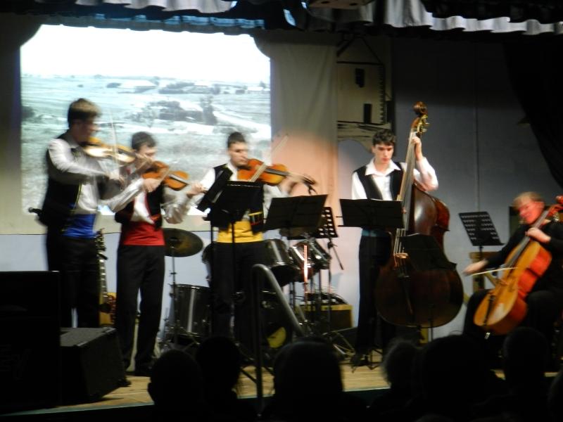 rendelsham variety concert 004