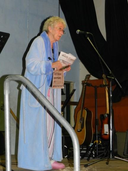 Jan Armitt performing for Co 7